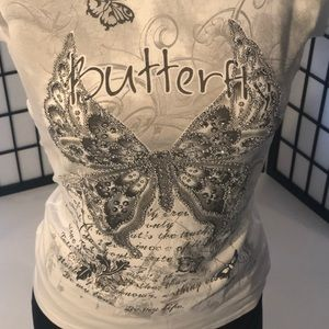 Tops - Ladies T shirt butterflies 🦋